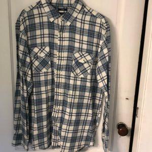 Blue & white plaid flannel button down shirt